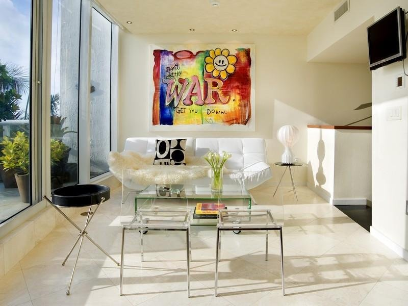 Interieur maison kim kardashian for Decoration maison khloe kardashian