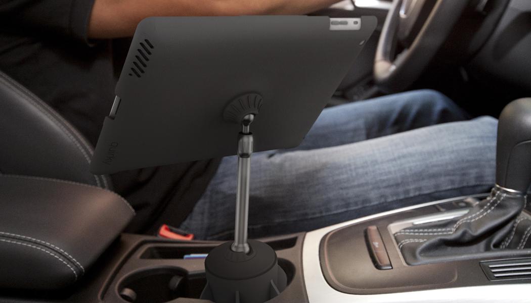 stance un support pour ipad 2 dans votre voiture le blog des tendances. Black Bedroom Furniture Sets. Home Design Ideas