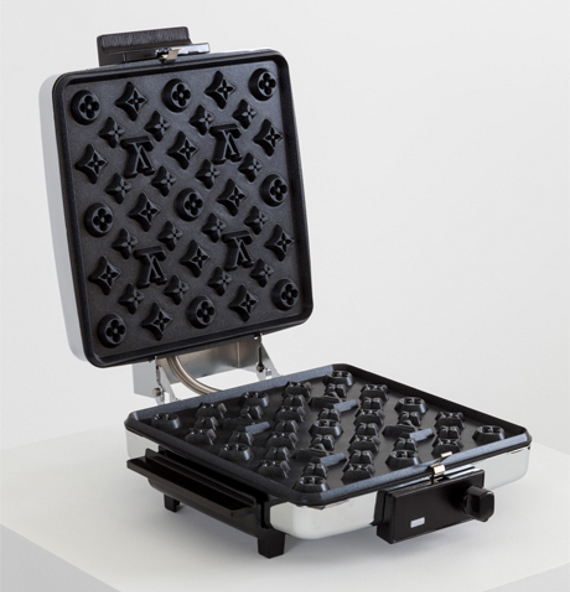 Le gaufrier Louis Vuitton by Andrew Lewicki