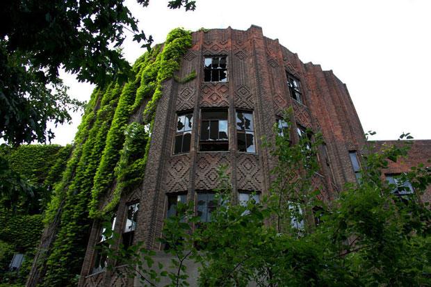 les-33-plus-beaux-lieux-abandonnes-dans-le-monde31