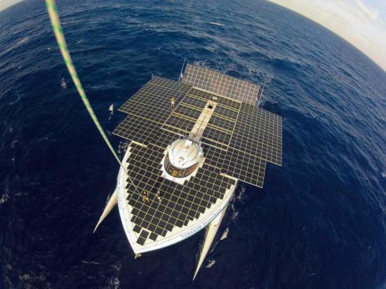 largest-solar-boat-3-550x412