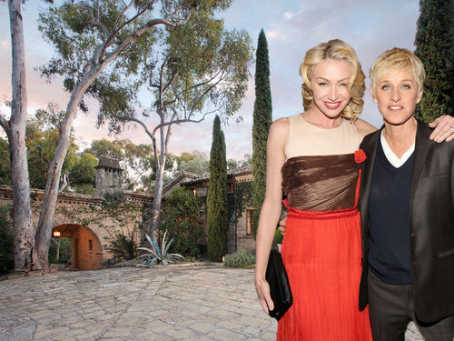 visite de la maison de ellen degeneres et portia de rossi le blog des tendances. Black Bedroom Furniture Sets. Home Design Ideas