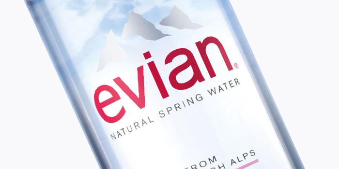 Evian lance une nouvelle bouteille