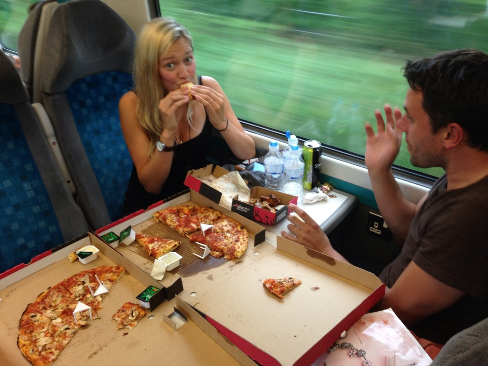 Pizza Hut livre désormais dans les trains