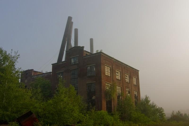 centrale à charbon abandonnée