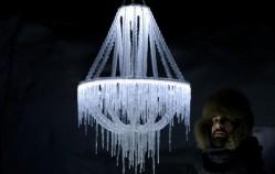 L'incroyable lustre en glace d'Arturo Erbsman