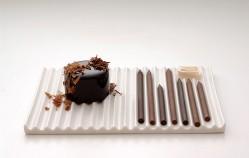 Découvrez les stylos en chocolat by Nendo