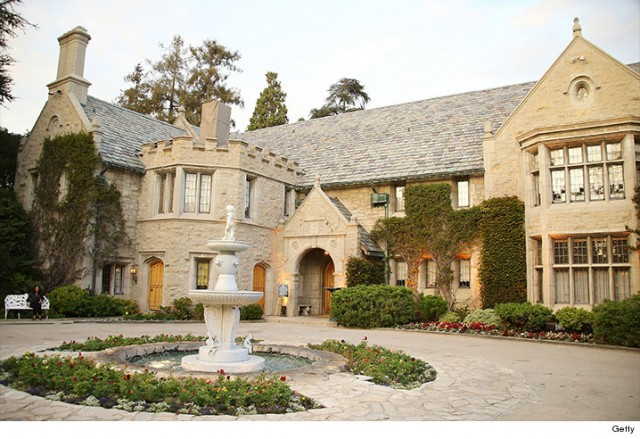 Playboy Mansion a vendre Hugh Hefner