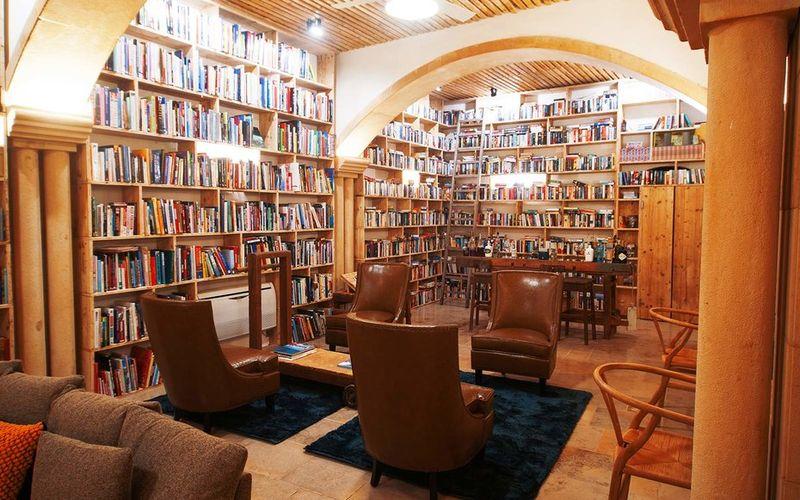 Literary Man Hotel