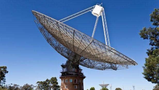FRB - Un télescope australien capte le signal radio dans l'espace