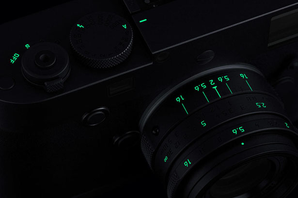 Leica M Monochrom Stealth Edition par Marcus Wainwright