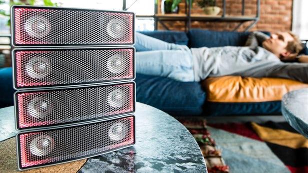 Soundots Ai-2 – Des haut-parleurs empilables pour créer votre mur de son