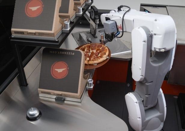 Toyota dévoile la pizzeria mobile Tundra Pie Pro à hydrogène au salon SEMA
