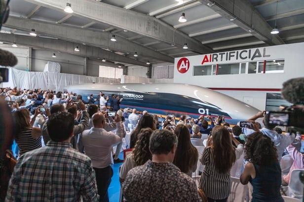 HyperloopTT prépare sa nacelle passagers pour les derniers tests 1