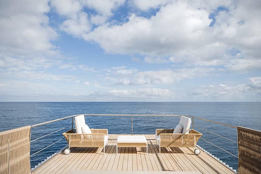 Punta Del Mar invente une péniche plug-and-play intelligente faite pour les marinas ou voyager 4