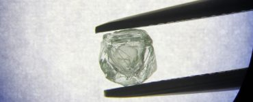 Le premier diamant Matryoshka trouvé en Russie