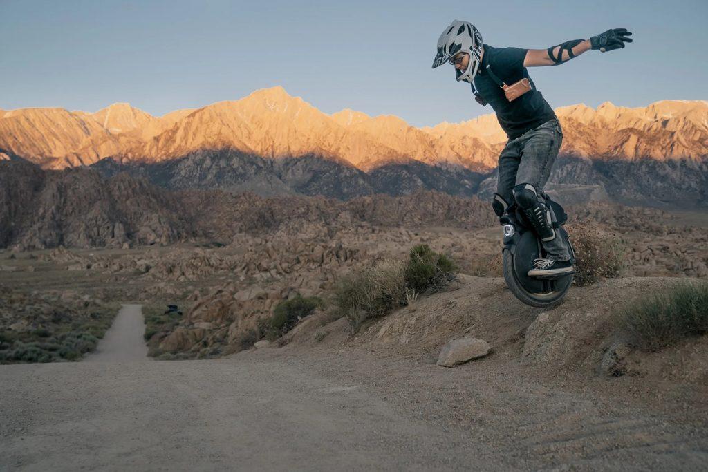 InMotion dévoile des monocycles électriques tout-terrain équipés d'une suspension pneumatique