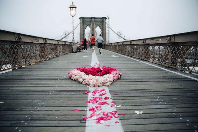 Monuments commémoratifs COVID à New York Le projet Floral Heart