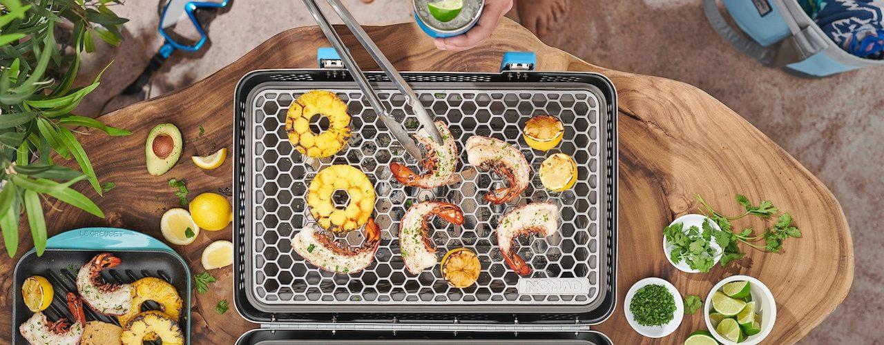 Nomad Grill & Smoker - La valise barbecue de Nomad est juste géniale