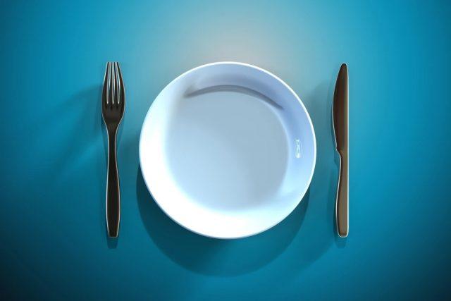 La restriction calorique est plus efficace que les régimes de jeûne pour perdre du poids