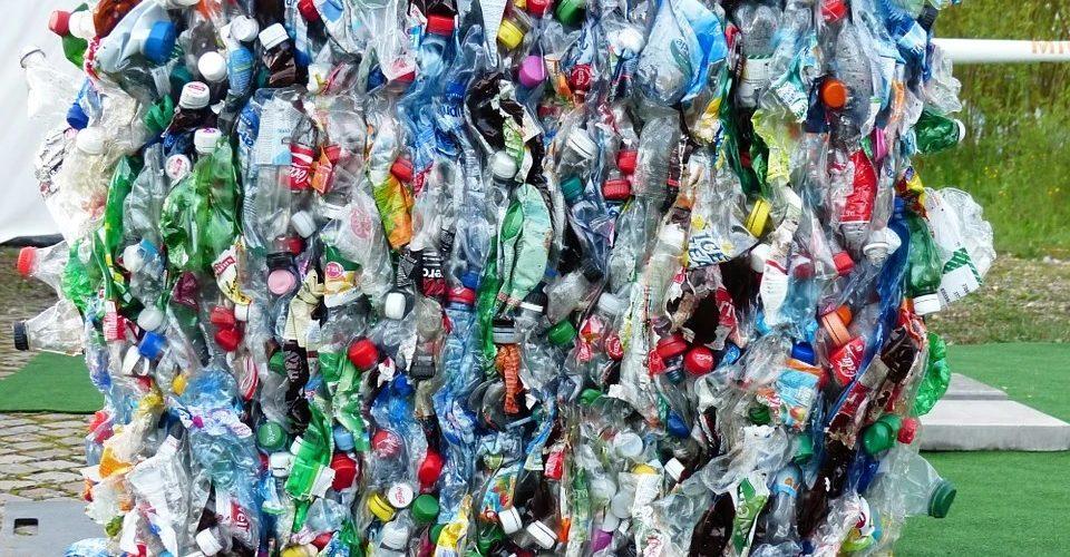 L'industrie du plastique est en plein essor en ce moment, grâce au coronavirus