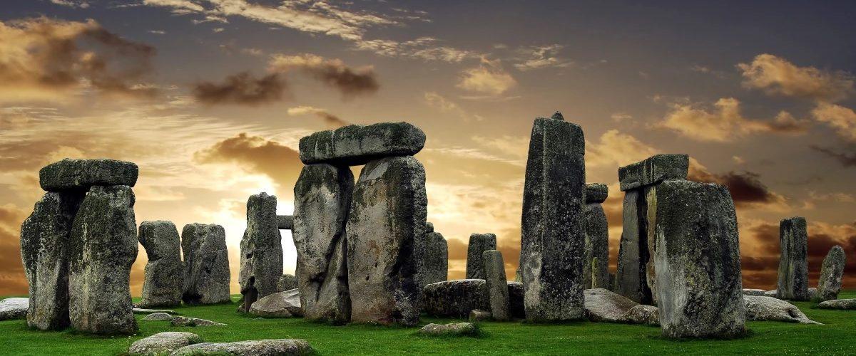 Un énorme cercle préhistorique de structures découvert près de Stonehenge