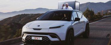 Fisker va construire la première papamobile entièrement électrique pour le pape François